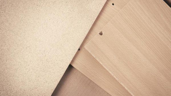 Instalaciones de revestimiento de madera y similares