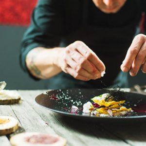 Curso de cocina creativa con prácticas en empresa