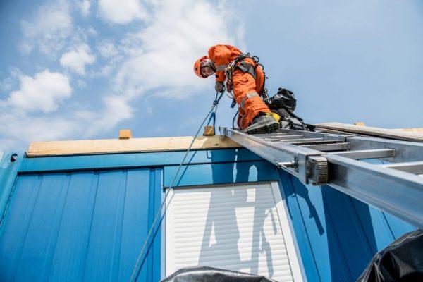 Prevención de riesgos laborales en caída en altura